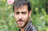 Bir Deli Sevda Mehmet Kimdir (Erkan Kolçak Köstendil) Hangi Dizide Yeni Dizisi Ölüyor Mu Ölecek Mi Neden Yok