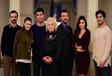 İstanbullu Gelin 9. Bölüm Fragmanı Neden Yayınlanmadı neden yok 28 Nisan Yeni Bölüm Var Mı Yok Mu Yayınlanacak Mı
