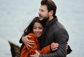Kanatsız Kuşlar 18 Ocak Çalan Şarkı Küçüğüm Sözleri Kim Söylüyor
