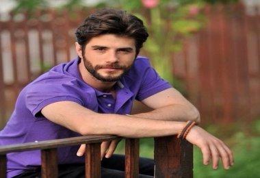 Gülizar Veteriner Murat Kimdir (Berk Cankat) Biyografisi Yaşı Nereli Sevgilisi